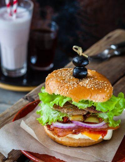 gourmet-fastfood--neartheolympialodge